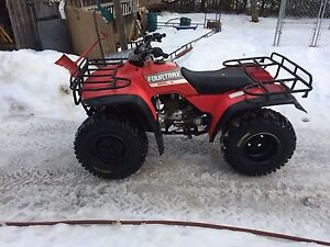 1988 Honda fourtrax 300 UP FOR TRADES!!!