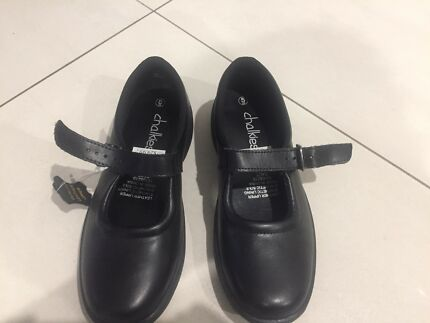 Size 5 Mary Jane school shoes