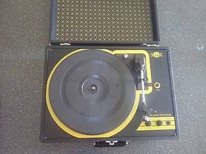 2 x USB Turntables Upper Coomera Gold Coast North Preview