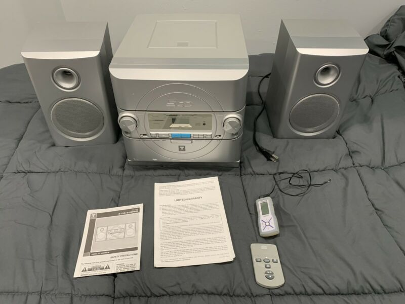 Used Trutech 5CD FM/AM Stereo  System With Two Speakers Model CD1073