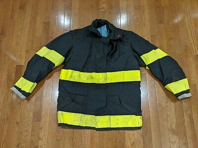 Globe Firefighter Jacket Size 40 32 Length