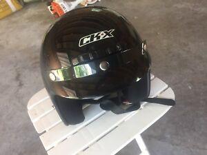 Motorcycle helnet