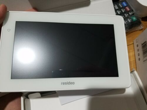 RESIDEO TUXEDOWC 7