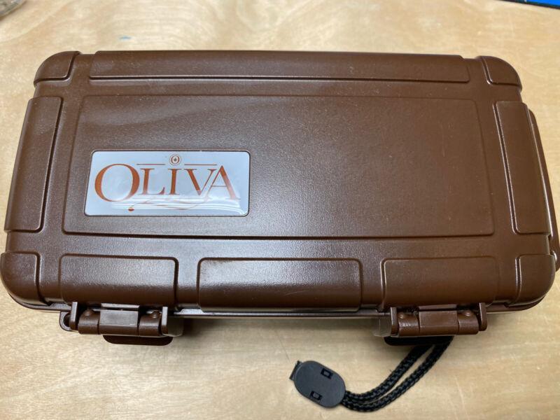 Oliva 10 Count Cigar Travel Case Herf a Dor - Brown - New