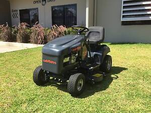 DEMO COX LAWN BOSS RIDE ON LAWN MOWER North Richmond Hawkesbury Area Preview