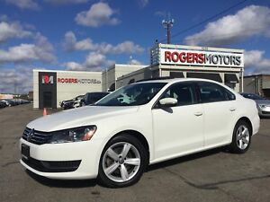 2013 Volkswagen Passat 2.5 - LEATHER - SUNROOF