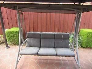 Free Garden Swing Needs Repair Other Furniture Gumtree