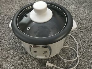 Everyday Essentials 6-cup Rice cooker