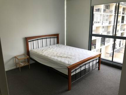 Room for Rent in Furnished Split level Apartment!