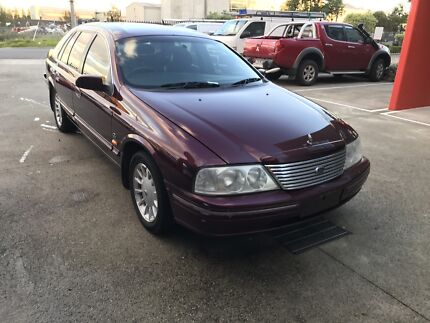 FOR SALE FORD FAIRLANE GHIA! FULL ELECTRICS! LEATHER AND ON GAS!