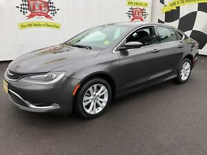 2015 Chrysler 200 Limited, Automatic, Navigation, 28,000km
