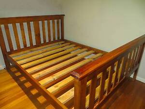 Wooden Queens size bed Lalor Whittlesea Area Preview