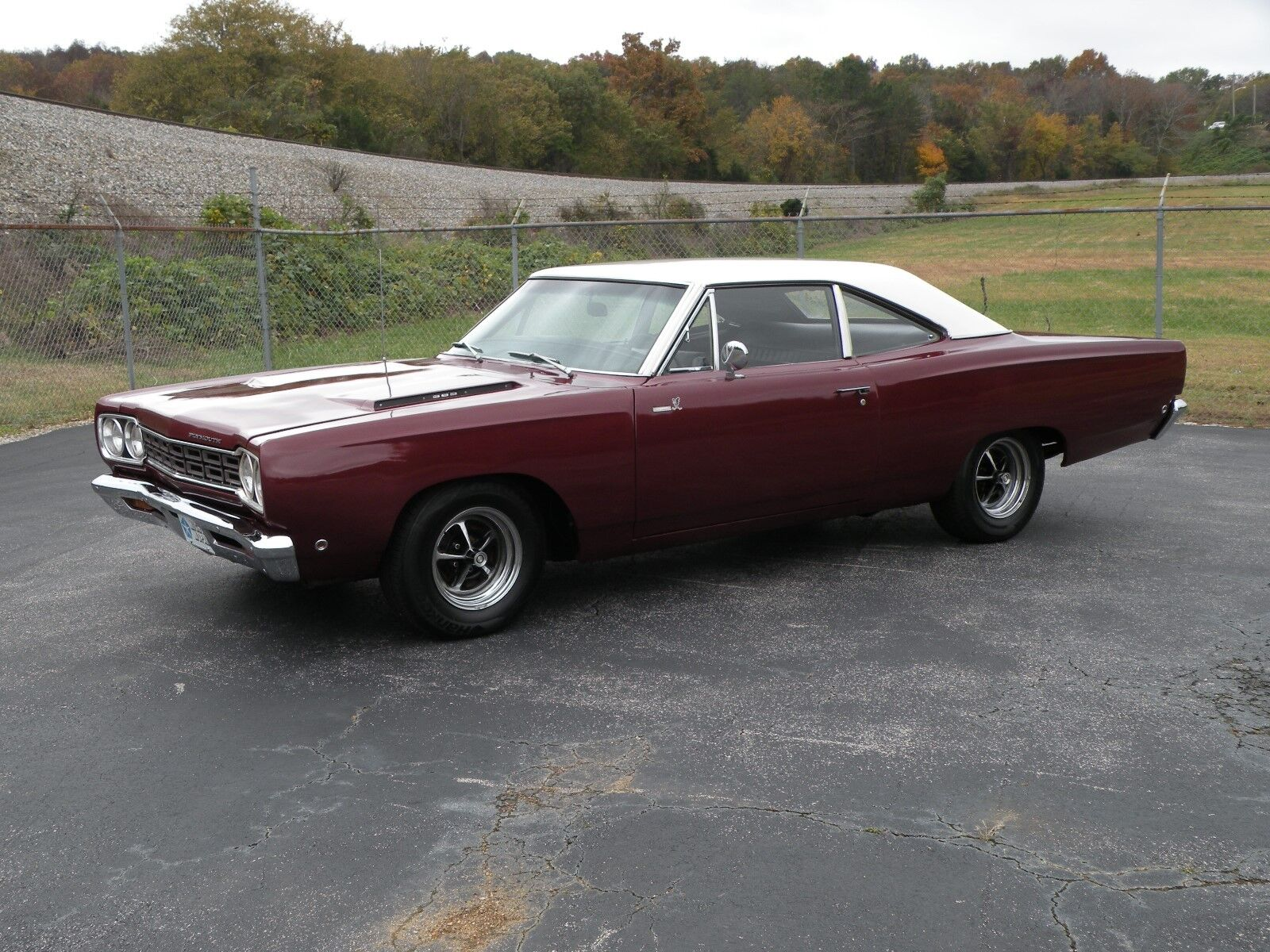 1968 Plymouth Road Runner  1968 Plymouth Road Runner, True RM21 Car, Rare Factory Color, 440, Automatic, PS