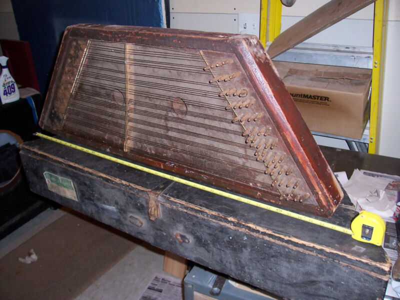 Large Vintage Hammered Dulcimer Zither Harp Stringed instrument Autoharp used