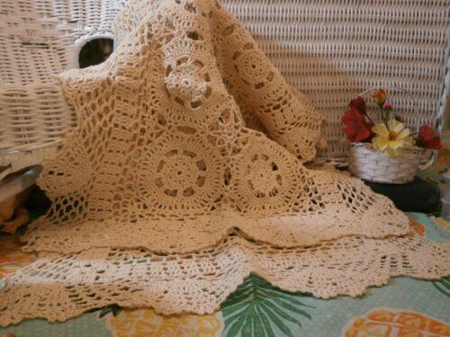 """Vintage Long Crochet 34"""" Table Runner Stars Circles Seashell Designs Light Beige"""