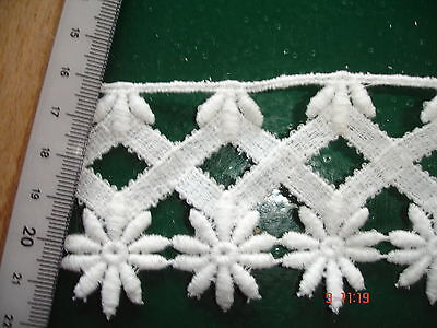 Klöppelspitze weiß  KA93 - 5,8cm breit