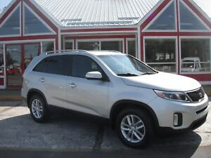 2014 Kia Sorento LX AWD 7 PASSENGER!! HEATED SEATS BLUETOOTH VOI