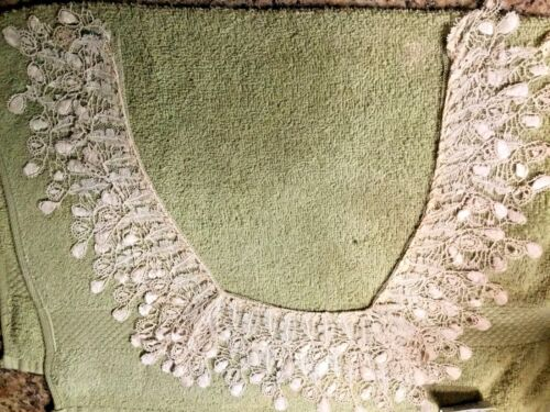 VICTORIAN LACE COLLAR 19TH C  CREAMY SIDE