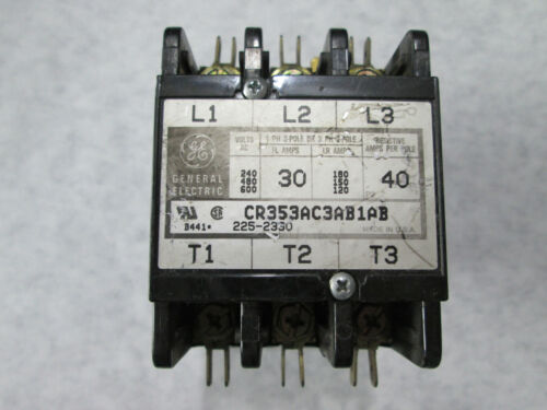GE CR353AC3AB1AB Contactor with 208/240 Volt Coil (3 Pole, 30 Amp)