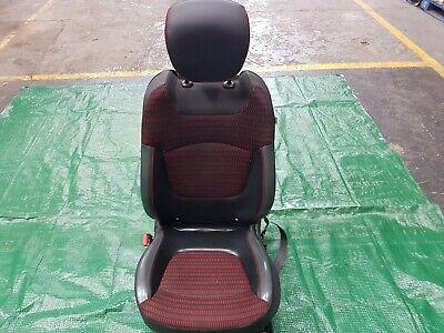 Renault Captur MK1 N/S (Passenger) Front 1/2 Leather Seat