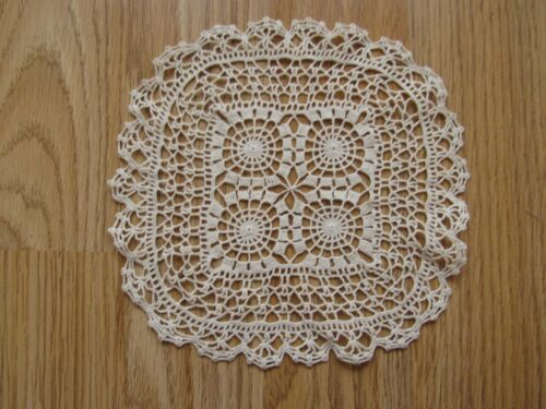 """ANTIQUE Vintage Handmade Crochet Lace Tablecloth Runner Square 6"""""""