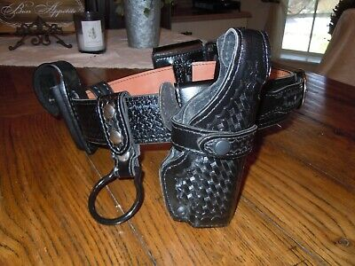 Safariland 32 Duty Belt Basketweave W Accessories Glock Holster Cuff Keepers
