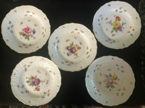 Meissen Set of Five Dinner Soup Plates with Flowers and Insects Painting