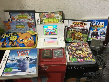 White DS Lite Console with 8 Games & Accessories