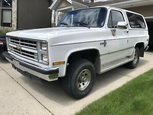 1988 Chevrolet Blazer K5 4x4 350 TBI Square Body. Original 147k