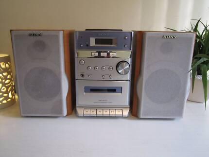Sony HCD-EP313 Bookshelf Stereo System, Quick Sale $80!!!!
