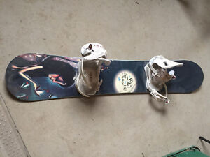 Ladies Snowboard, size 7 boots and bindings