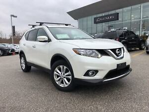 2015 Nissan Rogue SV/PANORAMIC ROOF/CAMERA/LOW KMS!