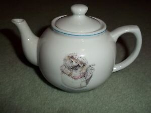 BEATRIX POTTER 2008  CHINA TEAPOT     APPROX 4 INCHES IN HIGHT