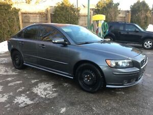 2007 Volvo S40. 6 Speed Manual