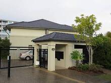 3 bedroom Townhouse  $470.00 pw  Varsity  Lakes Qld 4227 Varsity Lakes Gold Coast South Preview