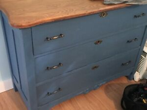 Antique Dresser / Bureau