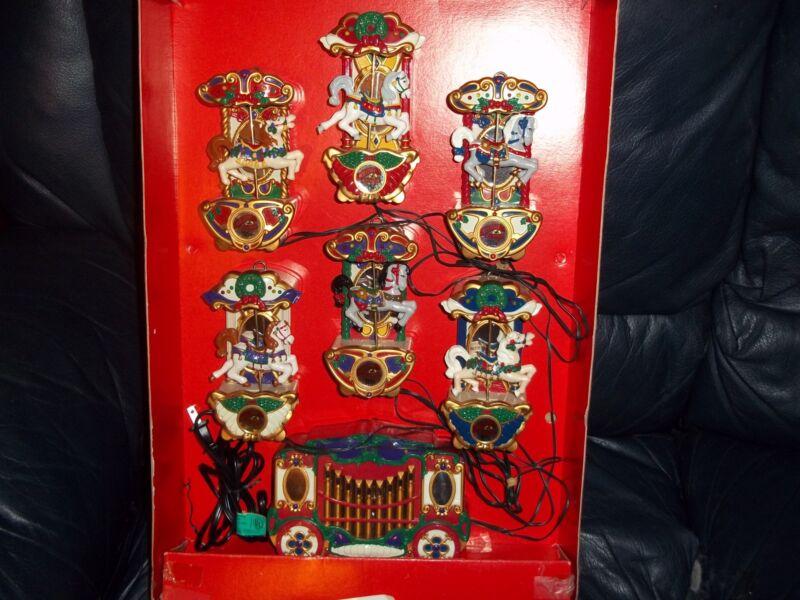 Mr. Christmas Holiday Carousel Lighted Musical 21 Carols 1992 GUC