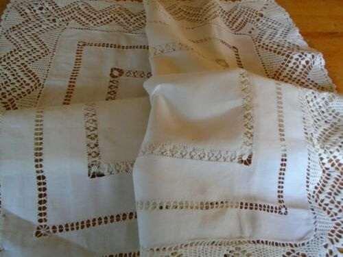 VINTAGE HAND EMBROIDERED IRISH LINEN TABLECLOTH - HAND CROCHET COTTON LACE BORDE