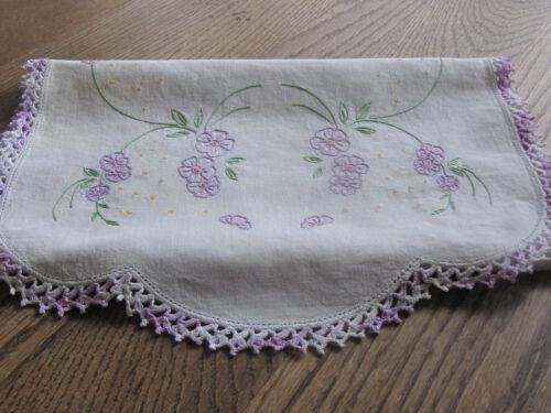 Vtg. Cotton/Linen Hand Embroidered Crochet Edging Dresser Scarf/Table Runner