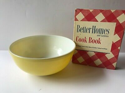 Vintage 1954 Better Homes and Gardens Cookbook with VintageYellow Pyrex