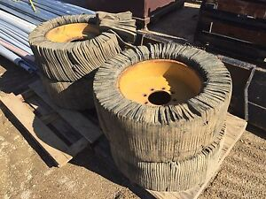 REDUCED Rubber demolition tires