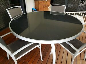 6 Seater Round Glass Outdoor Setting Table