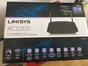 Linksys AC1200 Dual Band Wi-Fi Router