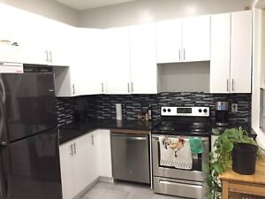 (2) Bedrooms Available - Downtown Hamilton All Inclusive