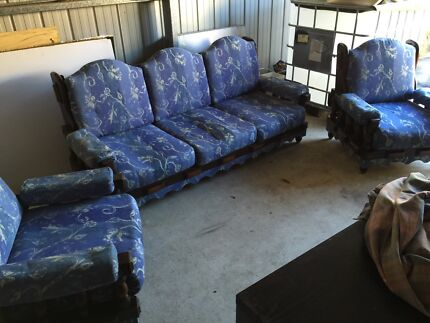 Lounge suite East Kurrajong Hawkesbury Area Preview