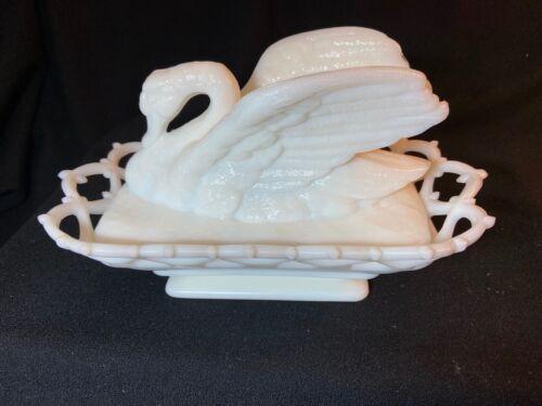 Westmoreland Atterbury Milk Glass Raised Wing Swan on Nest