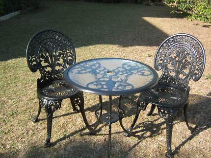 CAST IRON DINING SET - table & 2 x chairs.