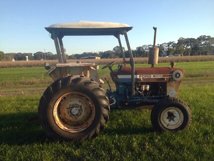 Ford 4100 power steering tractor good unit  Mullumbimby Byron Area Preview