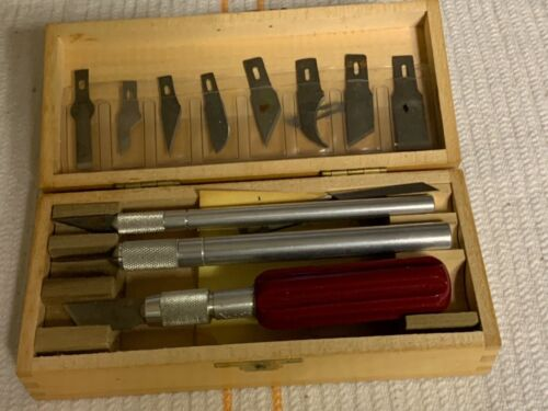 VINTAGE X-ACTO NO.82 KNIFE CHEST SET