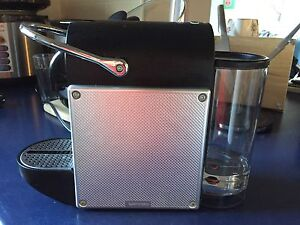 Nespresso Pixie De Longhi machine with Aerocinno milk frother Coogee Eastern Suburbs Preview